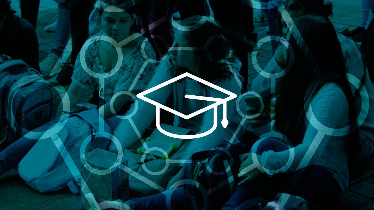 becas azul alumnos